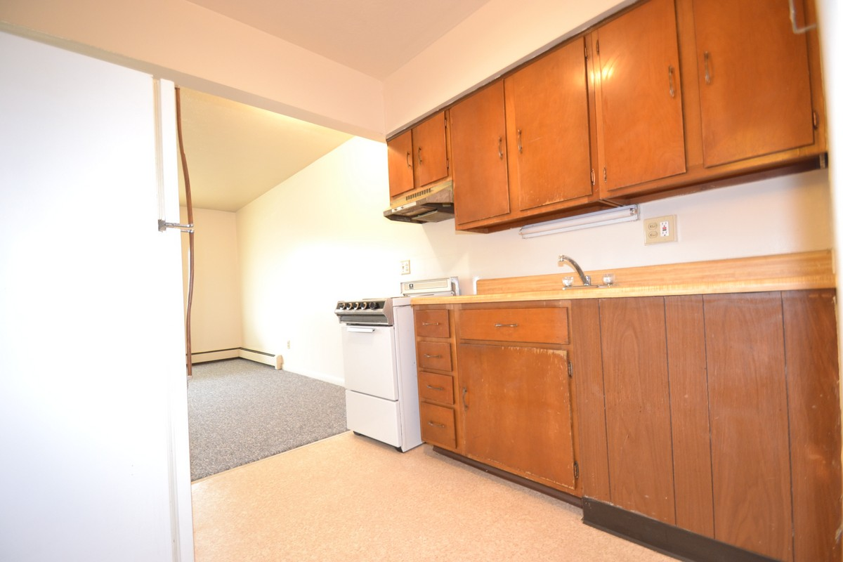 1 Bedroom Apartments In Akron Ohio Apartment A Varsity Rentals